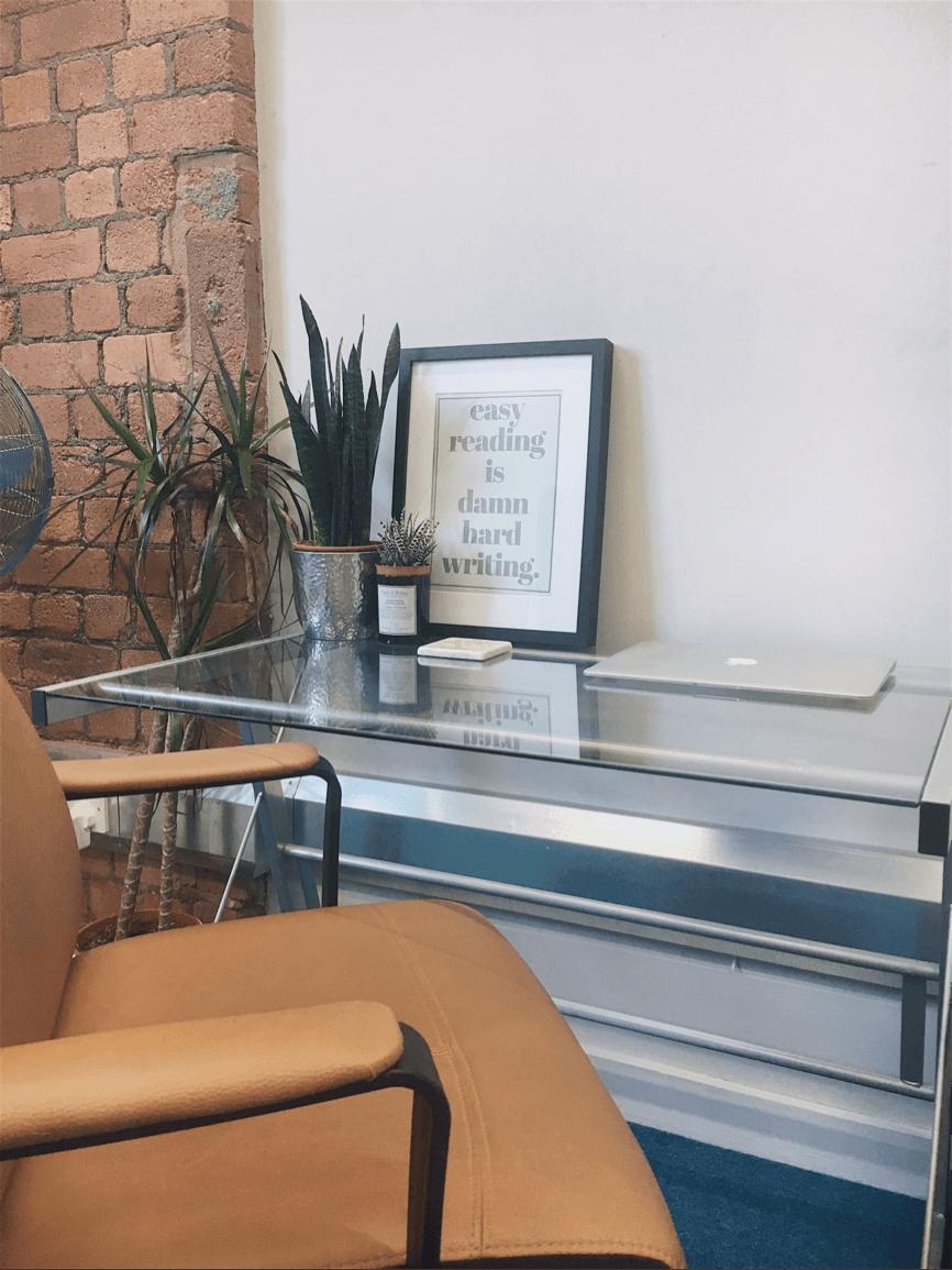 The desk of freelance copywriter Ellen Holcombe